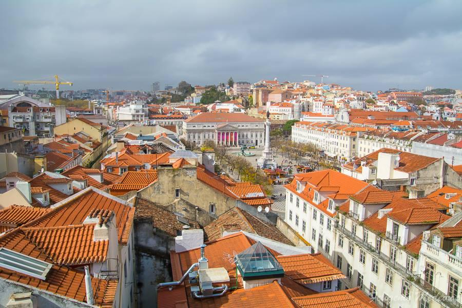 Vista de Lisboa com Teatro Nacional D. Maria II