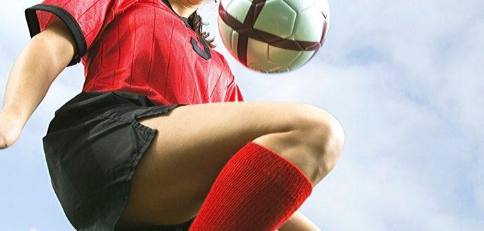 Caroline Van Slambrouck strengthens Benfica's women's soccer